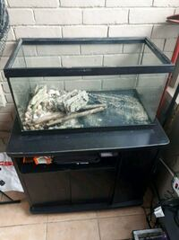 Fish tank and stand best offer St. Catharines, L2R 2J5