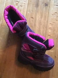 Toddler boots size 9 Kitchener