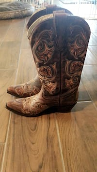 Cowgirl boots Plano, 75024