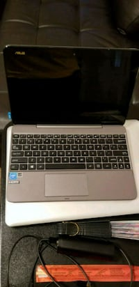 Asus 4 gig 2 in 1 laptop great condition  Columbia, 29201