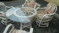 Patio set four chair/glass top
