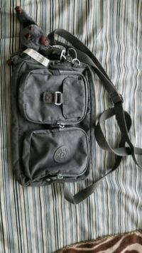 KIPLING purse ..... fantastic condition never used Vancouver
