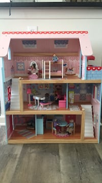 brown and pink wooden doll house Washington, 20003