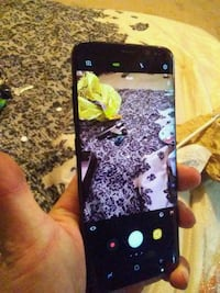 Samsung. Galaxy S8+  glass cracked TRADE FOR DSLR Wilmington, 28412