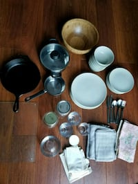 Kitchen things! Dishes, plates, bowls, jars etc 23 km