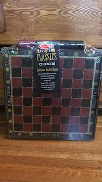 NEW! classic checkers board GREAT GIFT Toronto, M6R