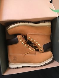 ***PRICE DROP*** SIZE 10 Men's The Radfords by Timberland Co. Toronto, M4J 1M5
