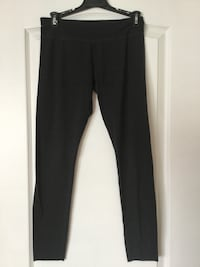 Grey leggings, size Medium, ladies or girls, EUC Brampton, L6R 2S1