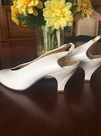 white leather open-toe ankle-strap wedges Toronto, M9C 5J5