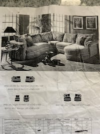 Four Piece Sectional Beautiful!! As seen in picture | Please see details in the description below. Niles