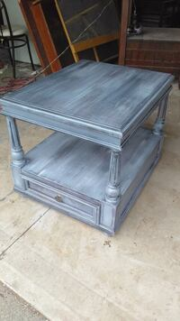 New Rustic chic accent table solid wood  St. Catharines, L2N 2H2