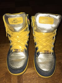 Apple Bottom High Top Sneakers Womens Size 6US