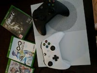 Xbox one S two controllers and three games Alexandria, 22314