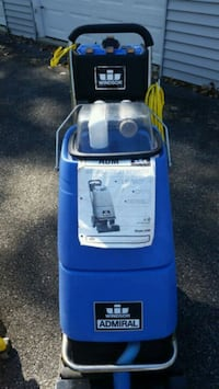 CARPET CLEANING MACHINE This Machine was used ligh