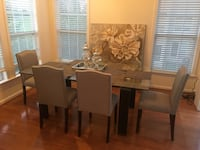Dining room table with 4 chairs  Aldie, 20105