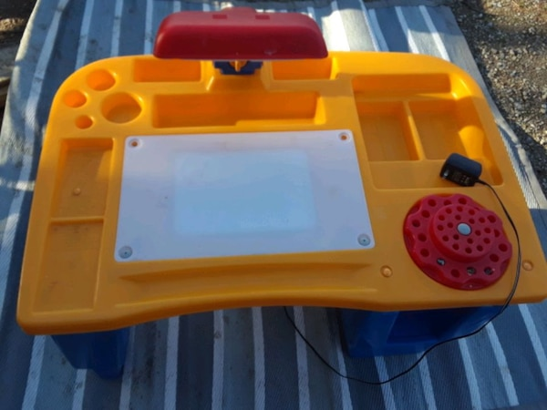 Vintage Little Tikes Desk 4