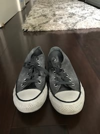 Size 6 Converse Sneakers Silver Spring, 20910