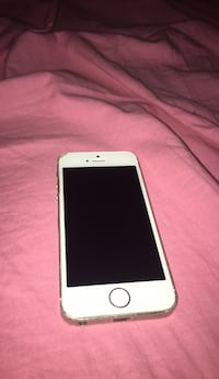 Silver iPhone 5s  Kitchener, N2A 2P7