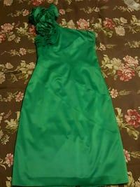 Green dress any occasion  Calgary, T3J 4A2