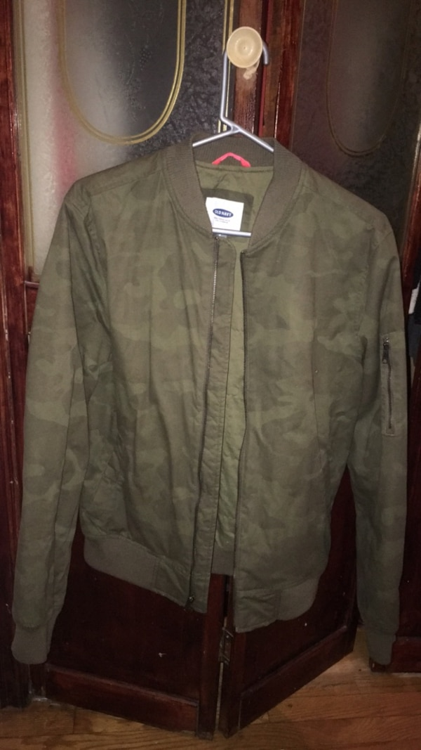 cb7b241c74b Used Old navy Army Fatigue Bomber Jacket for sale - letgo