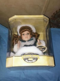 Vintage Music Collectiable Memories Porcelian Doll*SEE ALL MY LISTINGS