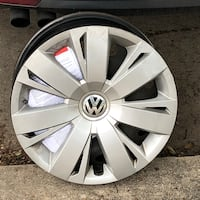 "OEM Volkswagen 17"" Wheel with Hubcap (4) San Antonio, 78250"