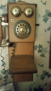 brown wooden framed wall phone  Knoxville, 37934