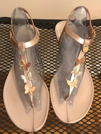 Guess Butterfly Sandals Woodbury, 10917