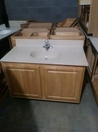 white and brown vanity sink Capitol Heights, 20743