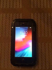 black iPhone 5 with case Longueuil, J4M 2B6