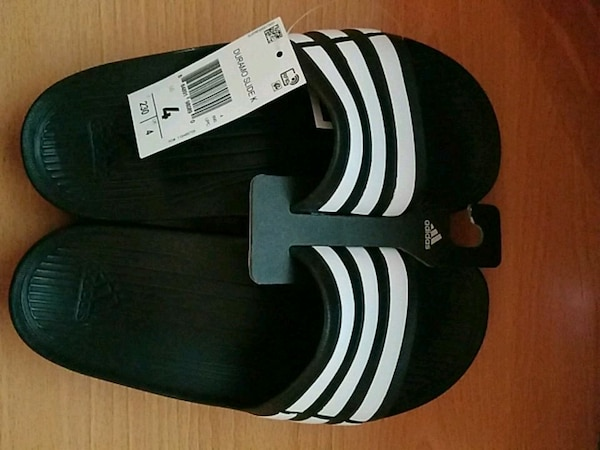Used Adidas Slides for sale in Queens Village - letgo 2b356b8555bed
