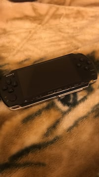 Black sony psp jailbroken with roms