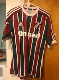 red and white Adidas Vodafone jersey Washington, 20024