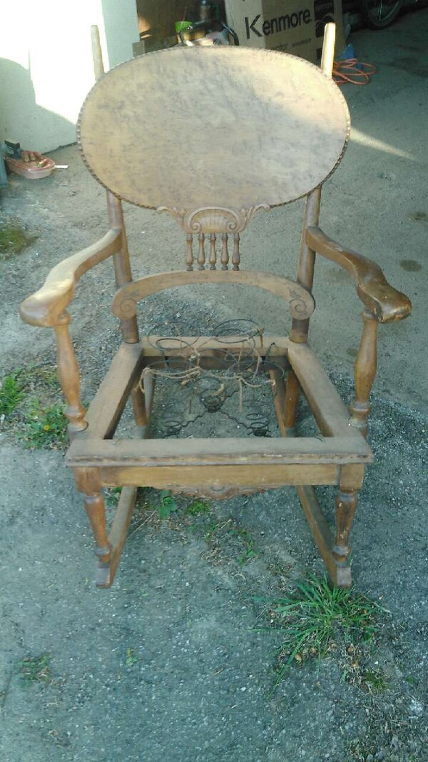 antique birdseye maple rocking chair - Used Antique Birdseye Maple Rocking Chair For Sale In Sheridan - Letgo
