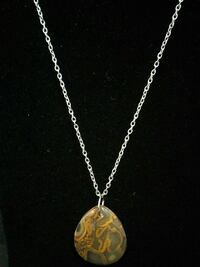 Agate Stone Necklace (2 pic) Vaughan, L6A 3P3