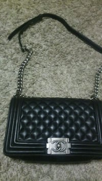 Chanel Purse New without tags 1949 mi