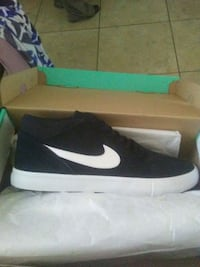 pair of black Nike mid-top sneakers with box Fresno, 93701