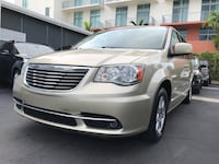 Chrysler - Town and Country - 2012/ FINANCING AVAILABLE FOR EVERYONE/ FINANCIAMIENTO DISPONIBLE PARA TODOS  Hollywood, 33020