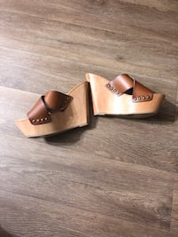 Pair of brown leather open-toe wedges Adelphi, 20783