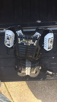Black and gray msr chest pad