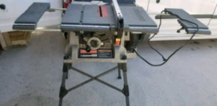 Craftsman table saw in very good condition