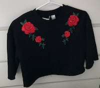 X/S Black t-shirt with rose embroidery Mississauga, L5R 3J2