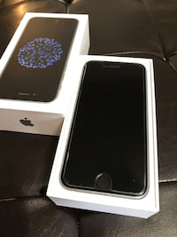 space gray iPhone 6 with box Georgina, L4P 3Z7