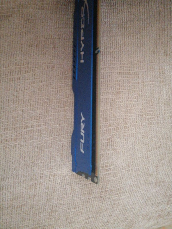 Hyper fury blue 4 GB ram 2