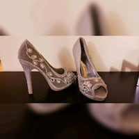 Brand new Beautiful large cristals silver heels  Toronto, M9A 4Y3