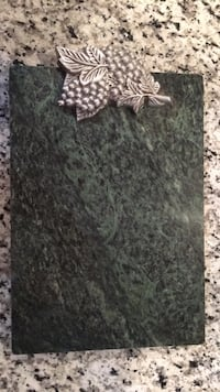 Green Marble and Silver Cutting Board Covington, 41011