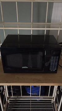 Black hamilton beach microwave oven Phillipsburg, 08865