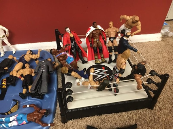 35 Wrestlers and a Ring with Belt and Brief Case 14a7abe3-3c8a-4e63-a8b0-e886bf7f3653