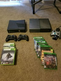 Xbox One console with controller and game cases Phoenix, 85048
