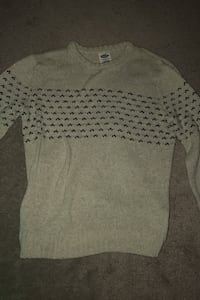 Old Navy sweater Newmarket, L3Y 4Z1